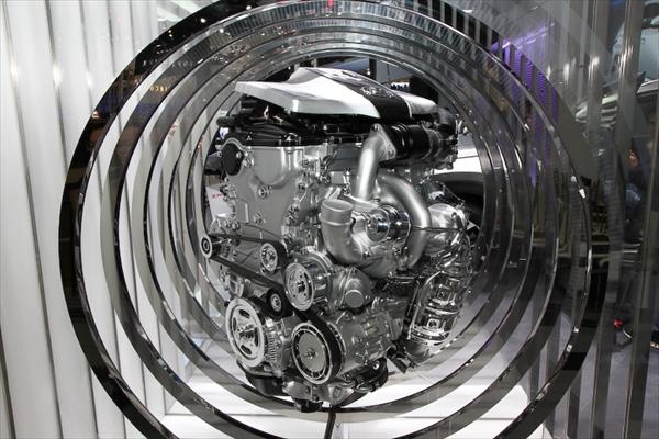 レクサスNX200tに搭載されているターボエンジン