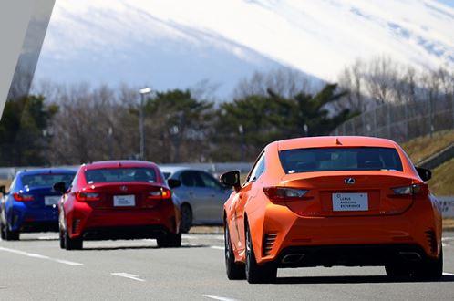 国産車パワーウェイトレシオランキングでレクサス車は何台?