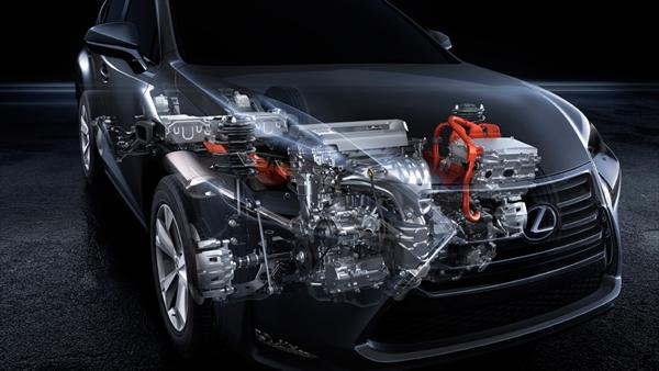 NX300hのエンジン搭載イメージ図