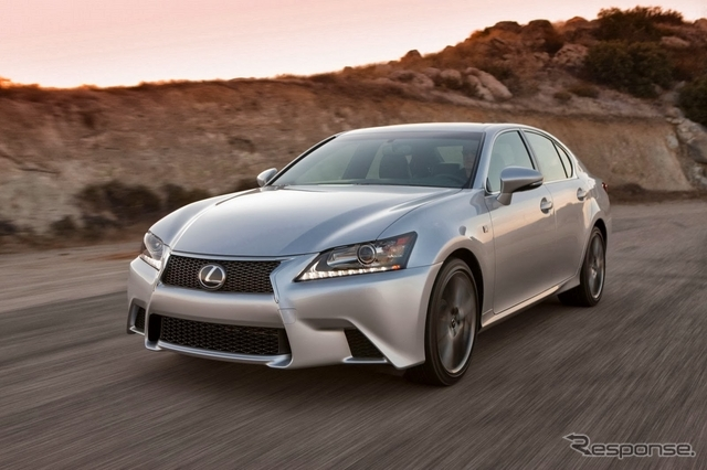 2014 LEXUS GSに8AT搭載